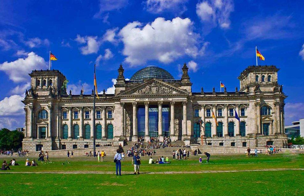 Что посмотреть в Берлине? Рейхстаг