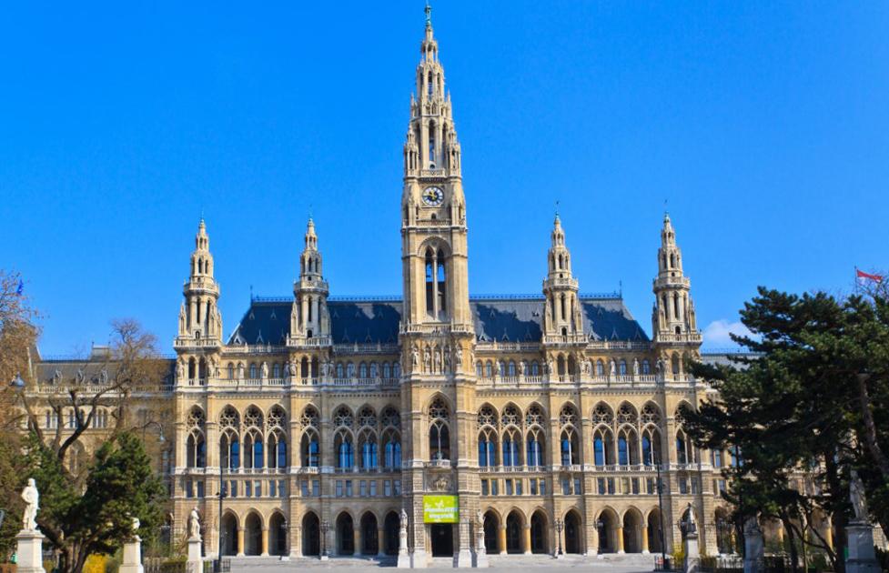 Что посмотреть в Вене? Ратушная площадь