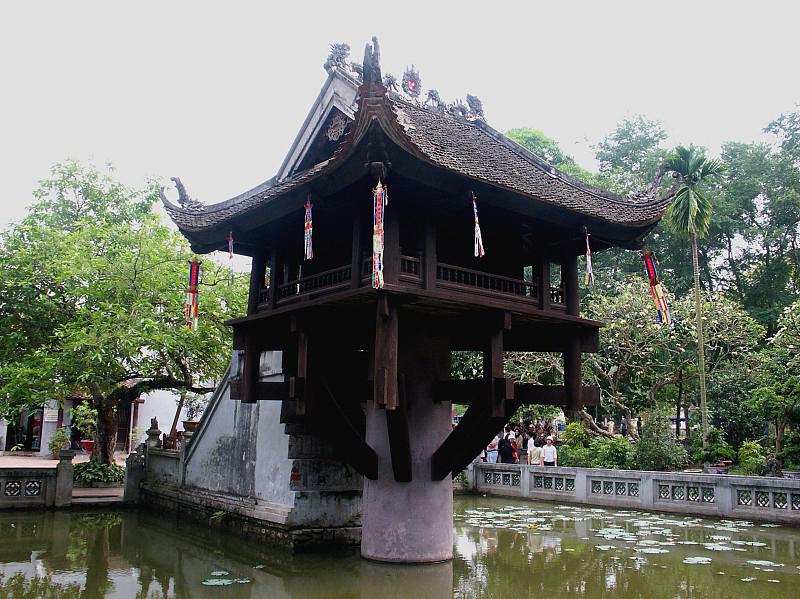 Что посмотреть в Ханое? «Пагода на одном столбе»