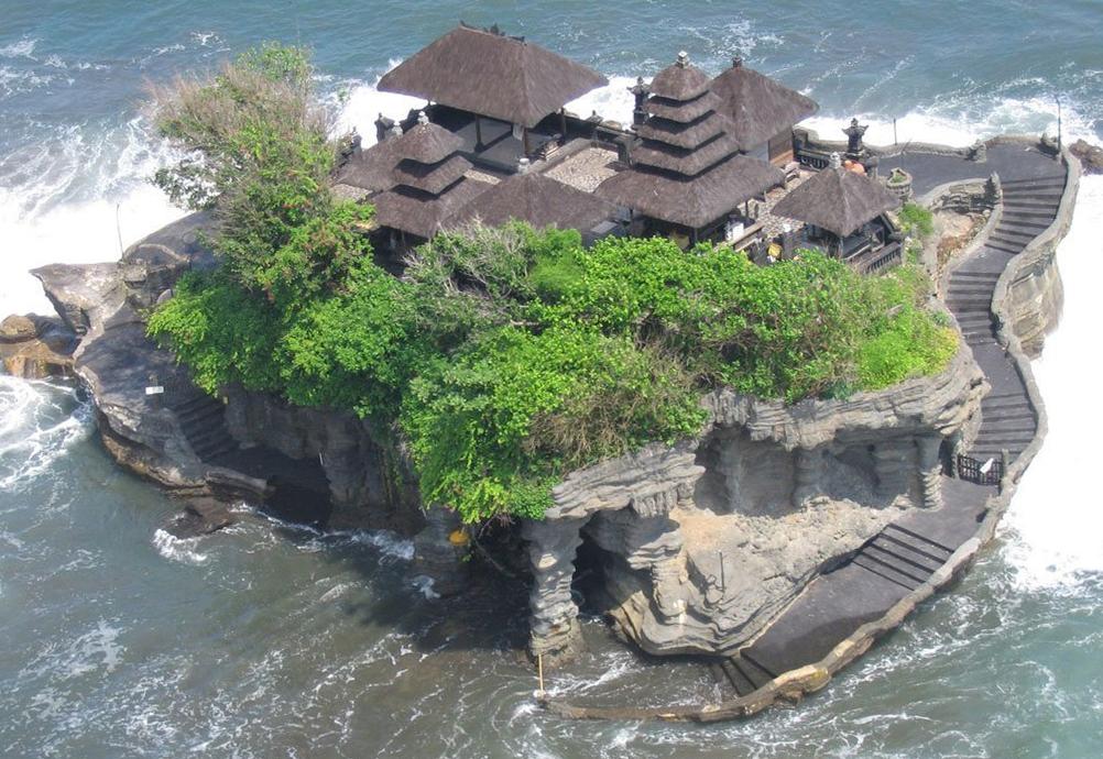 Что посмотреть на Бали? Храм Пура Танах Лот