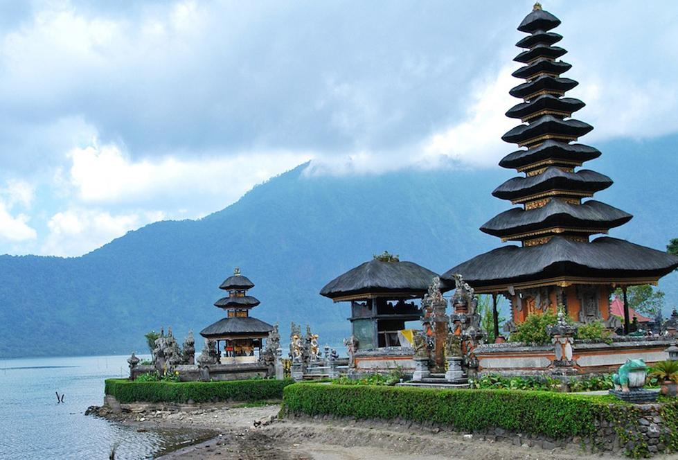 Что посмотреть на Бали? Храм Пура Улун Дан