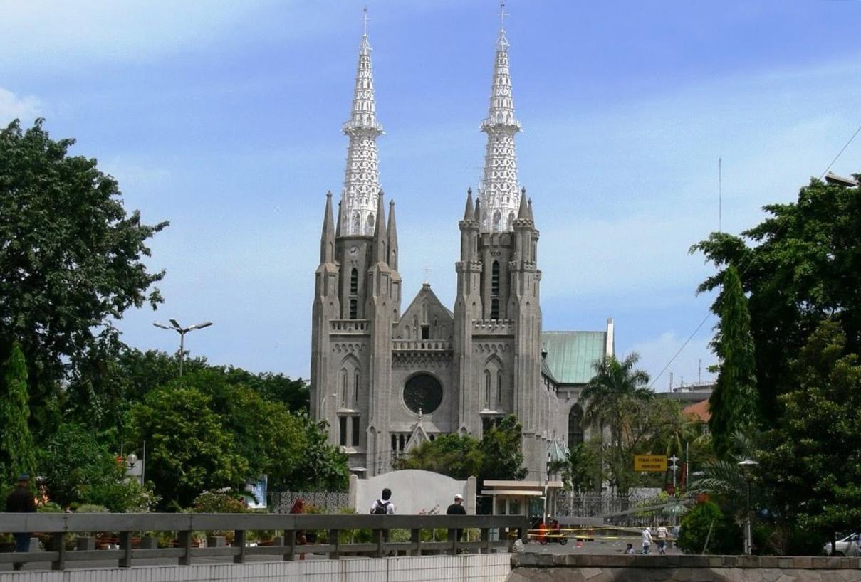 Что посмотреть в Джакарте? Кафедральный собор