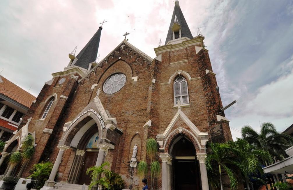 Келахиран Санта Мария (Gereja Kelahiran SP Maria)