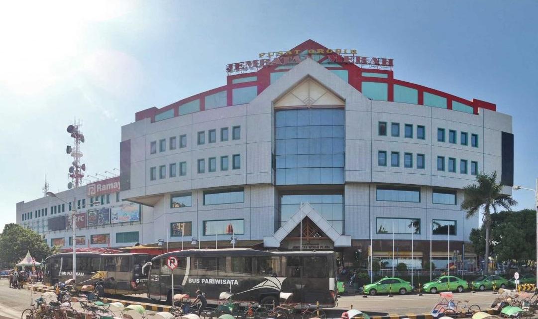 Что посмотреть в Сурабае? Торговый центр Jembatan Merah Plaza