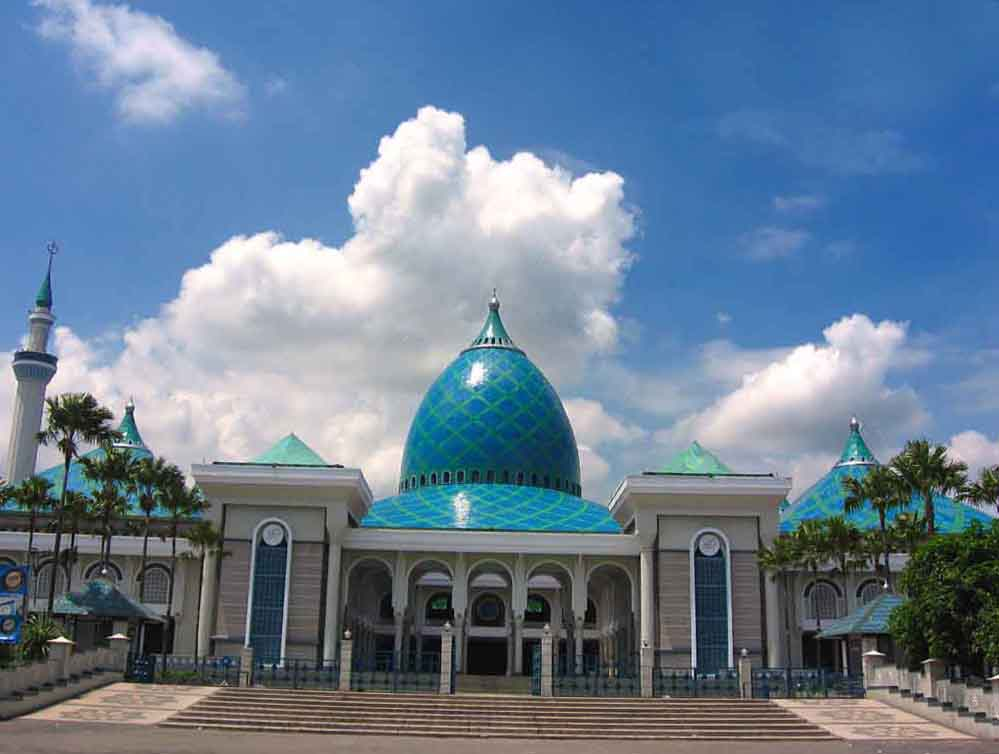 Аль Акбар (Masjid Nasional Al Akbar Surabaya)