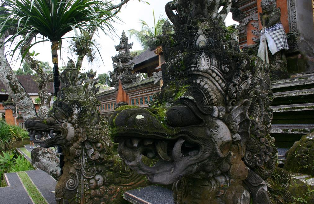 Что посмотреть в Убуде? Pura Taman Saraswati