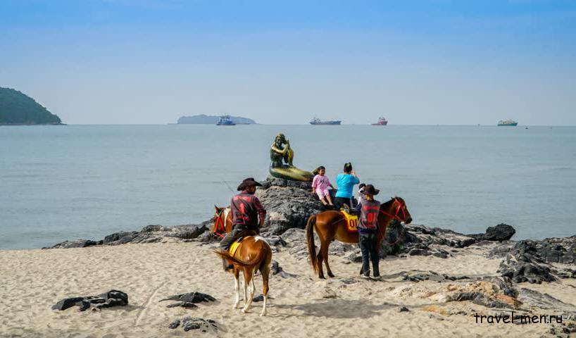 Что посмотреть в Сонгкхла? Прогулки по пляжу Самила на лошадях