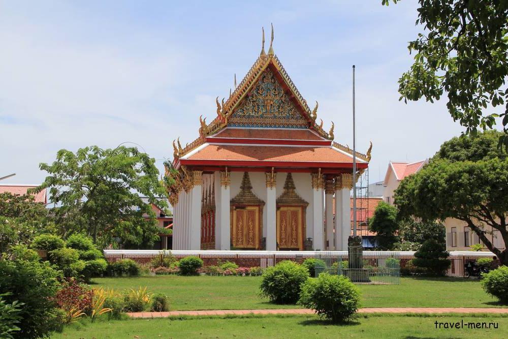 Что посмотреть в Сонгкхла? Храм Ват Матчимават - Ват Кланг